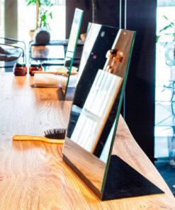 Manhattan specchio Beauty Star in ferro nero verniciato.Misure: cm 30 x h40