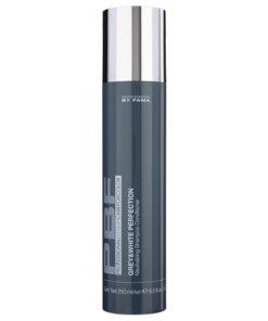 Grey & White Perfection Professional By Fama è uno shampoo SLES free, ideale per capelli bianchi, grigi, decolorati o con mèches che tendono ad ingiallirsi e a sbiadirsi a causa dei raggi solari.