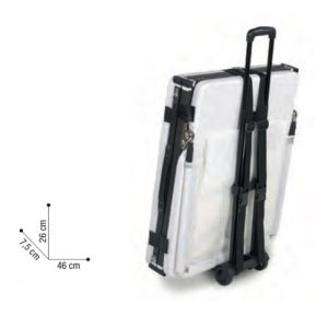 Trolley Porta Lettino Sibel realizzato in lega di ferro e plastica. Il manico resistente può supportare carichi di 45 kg. L'altezza totale del manico è di 85 cm.